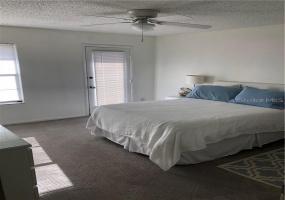 3369 HIDDEN HAVEN Court, TAMPA, Florida 33607, 3 Bedrooms Bedrooms, ,2 BathroomsBathrooms,Villa,For Rent,HIDDEN HAVEN,1031
